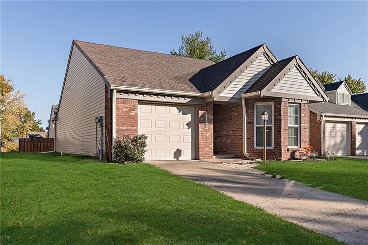 6790 COLONY POINTE S Drive Indianapolis, IN 46250 | MLS 21678632 | photo 2