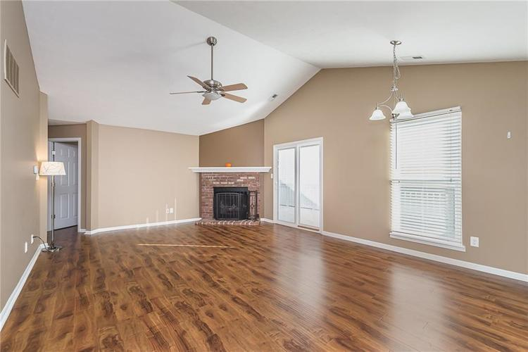 6790 COLONY POINTE S Drive Indianapolis, IN 46250 | MLS 21678632 | photo 4
