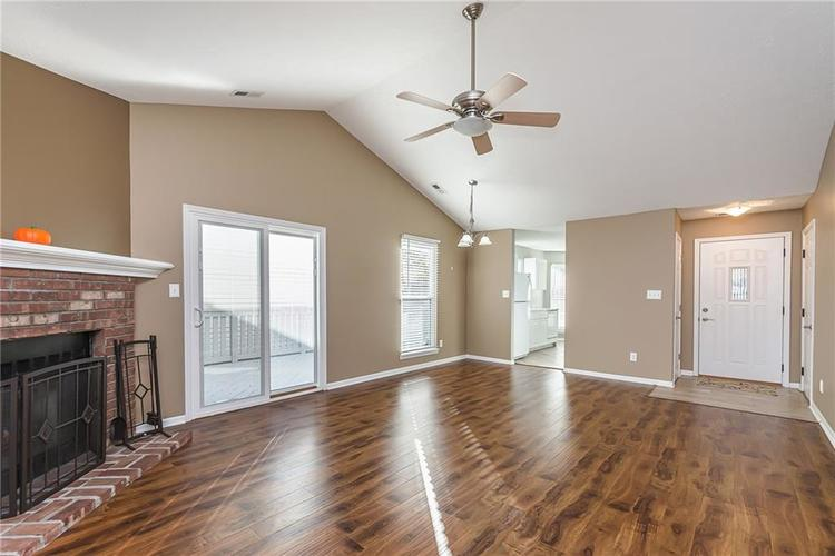 6790 COLONY POINTE S Drive Indianapolis, IN 46250 | MLS 21678632 | photo 6