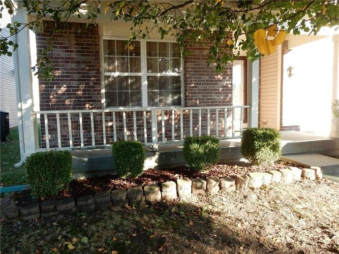 4459 BELLCHIME Drive Indianapolis, IN 46235 | MLS 21678634 | photo 2