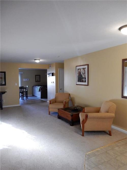 4459 BELLCHIME Drive Indianapolis, IN 46235 | MLS 21678634 | photo 3