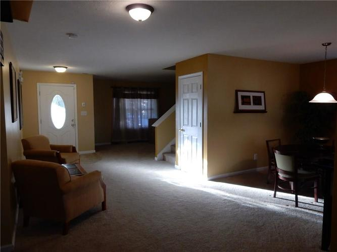 4459 BELLCHIME Drive Indianapolis, IN 46235 | MLS 21678634 | photo 6