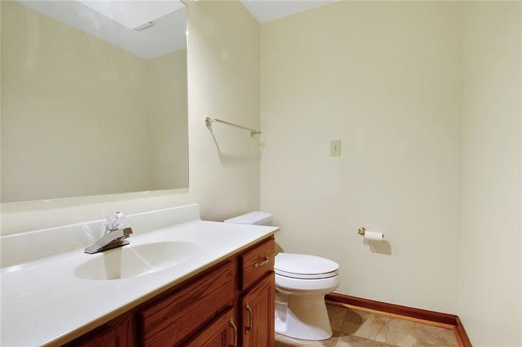13039 Southampton Court Carmel, IN 46032 | MLS 21678638 | photo 17