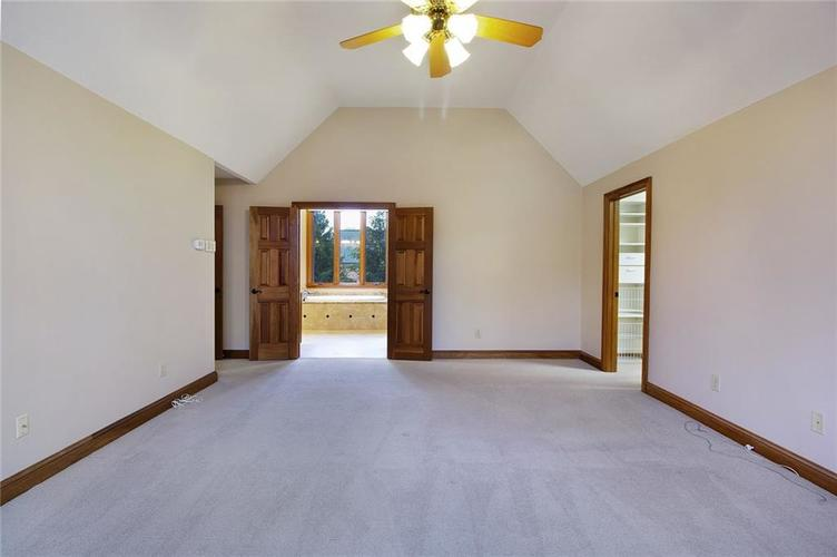 13039 Southampton Court Carmel, IN 46032 | MLS 21678638 | photo 18