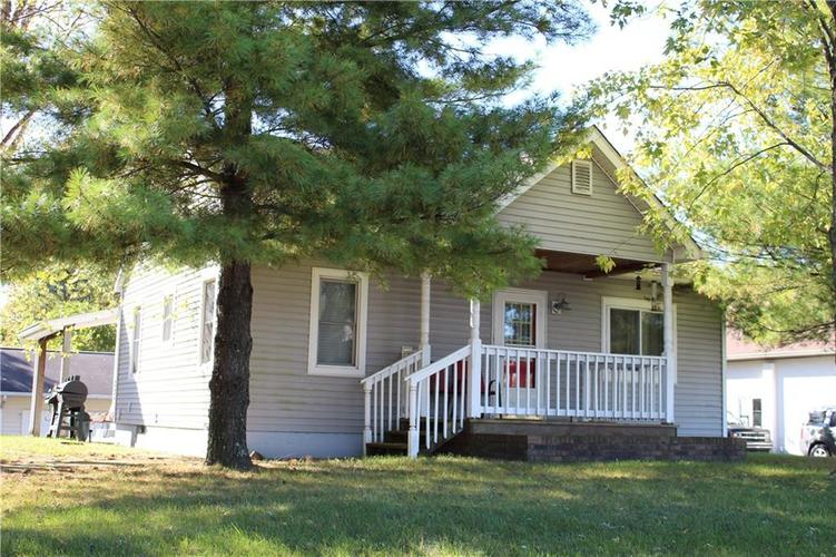 4977 W Smith Valley Road Greenwood, IN 46142 | MLS 21678685