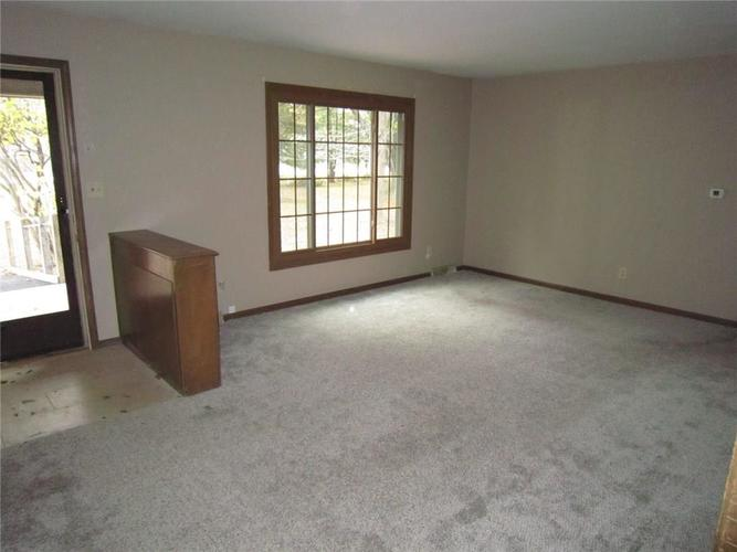 8911 W 10th Street Indianapolis, IN 46234 | MLS 21678763 | photo 11
