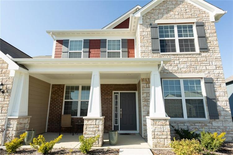 15365 Eastpark Circle W Fishers, IN 46037 | MLS 21678768 | photo 2