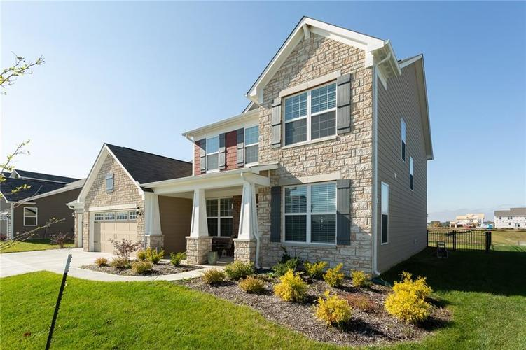 15365 Eastpark Circle W Fishers, IN 46037 | MLS 21678768 | photo 3