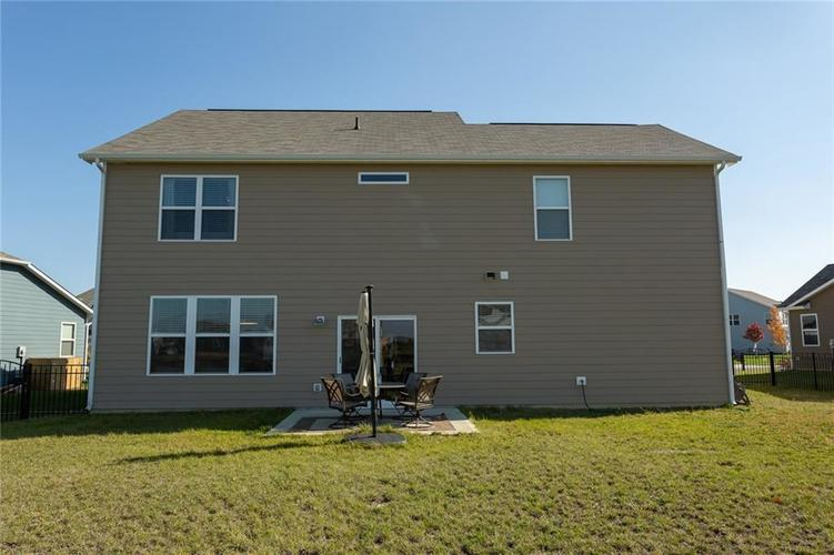 15365 Eastpark Circle W Fishers, IN 46037 | MLS 21678768 | photo 37