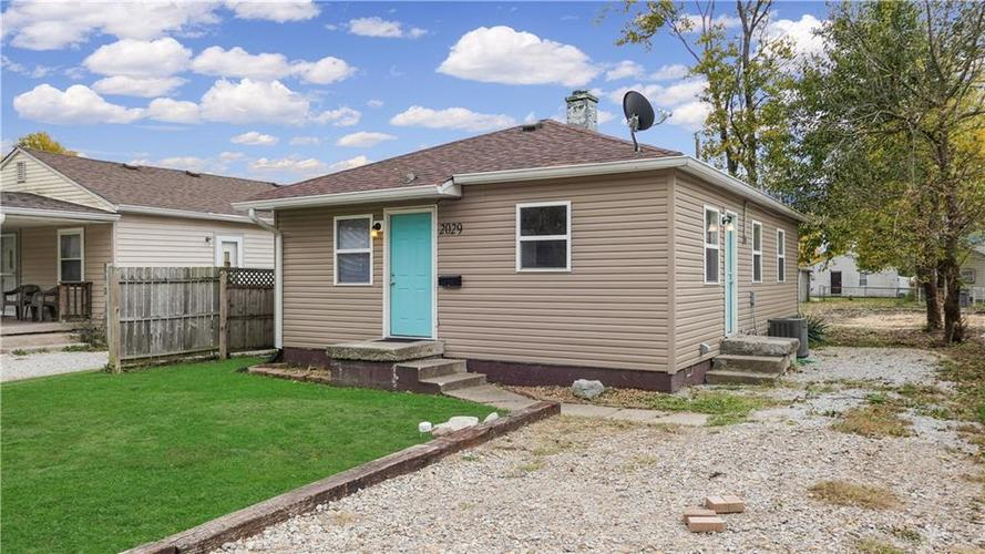 2029 Reformers Avenue Indianapolis, IN 46203   MLS 21678792   photo 1