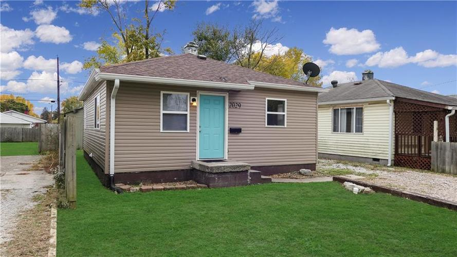 2029 Reformers Avenue Indianapolis, IN 46203   MLS 21678792   photo 20