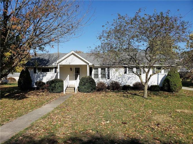 9938  Center Street Anderson, IN 46011 | MLS 21678810