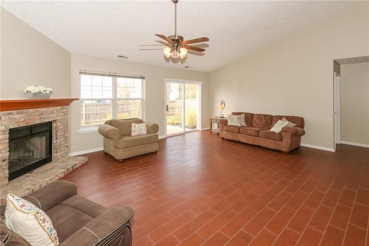 4714 EAGLES WATCH Lane Indianapolis, IN 46254 | MLS 21678891 | photo 4