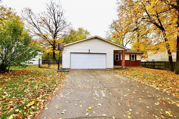 3221  TEMPE Drive Indianapolis, IN 46241 | MLS 21678969