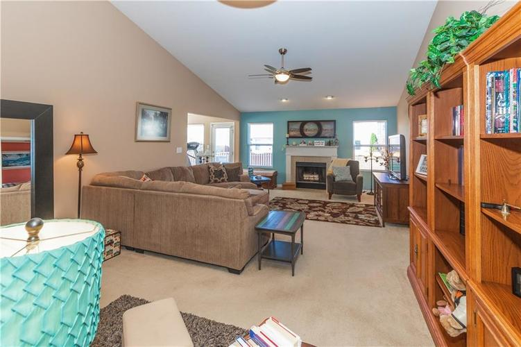 12706 OLD POND Road Noblesville, IN 46060 | MLS 21678977 | photo 14