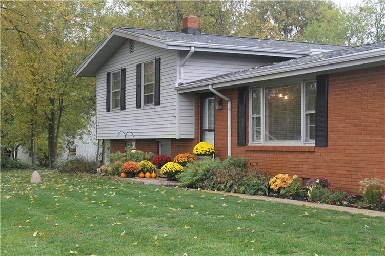 3005 Poland Hill Road Lafayette, IN 47909 | MLS 21679016 | photo 2