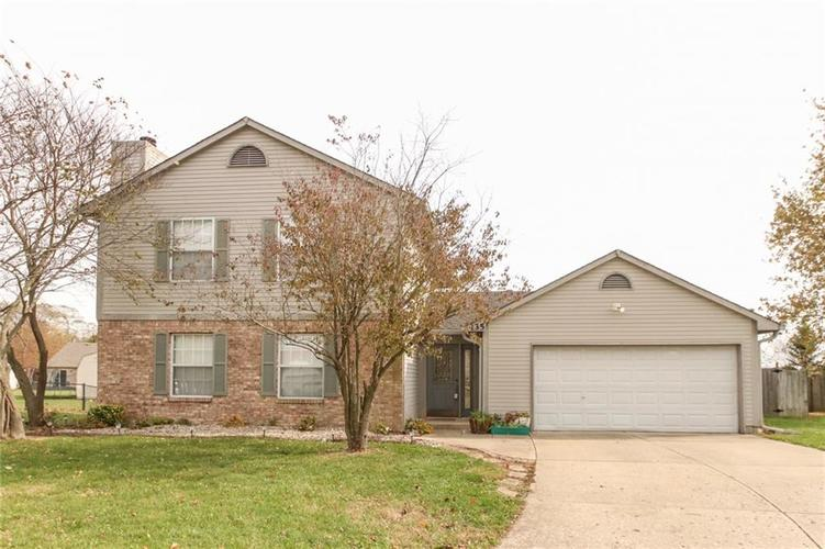 135  Lullaby Court Greenfield, IN 46140 | MLS 21679036