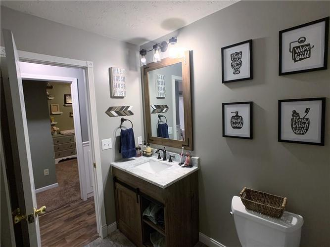 935 South Shore Court Franklin, IN 46131 | MLS 21679082 | photo 24