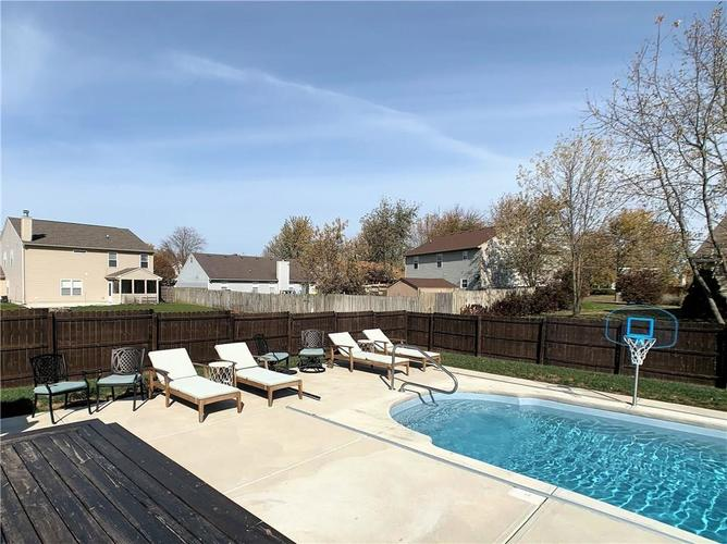 935 South Shore Court Franklin, IN 46131 | MLS 21679082 | photo 26