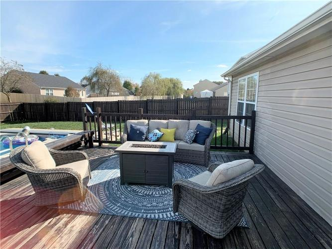 935 South Shore Court Franklin, IN 46131 | MLS 21679082 | photo 28