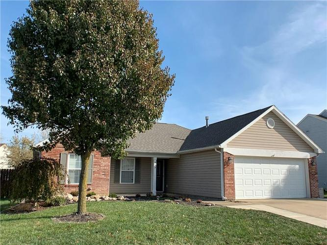 935 South Shore Court Franklin, IN 46131 | MLS 21679082 | photo 4