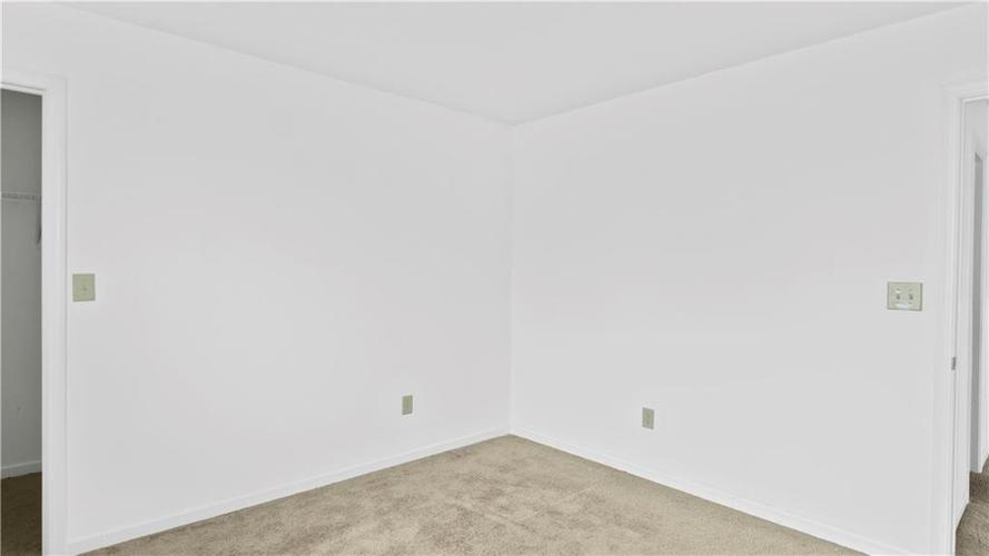 11507 Ross Common Drive Indianapolis, IN 46229 | MLS 21679099 | photo 14