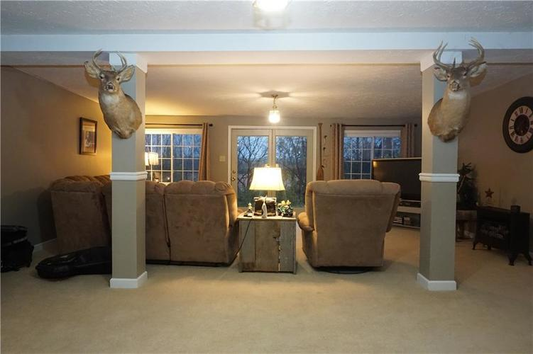1900 N Wuthering Drive New Castle, IN 47362 | MLS 21679119 | photo 21