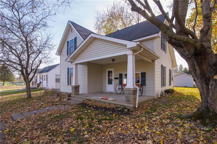 117 Forest Avenue Greenfield, IN 46140 | MLS 21679121 | photo 1