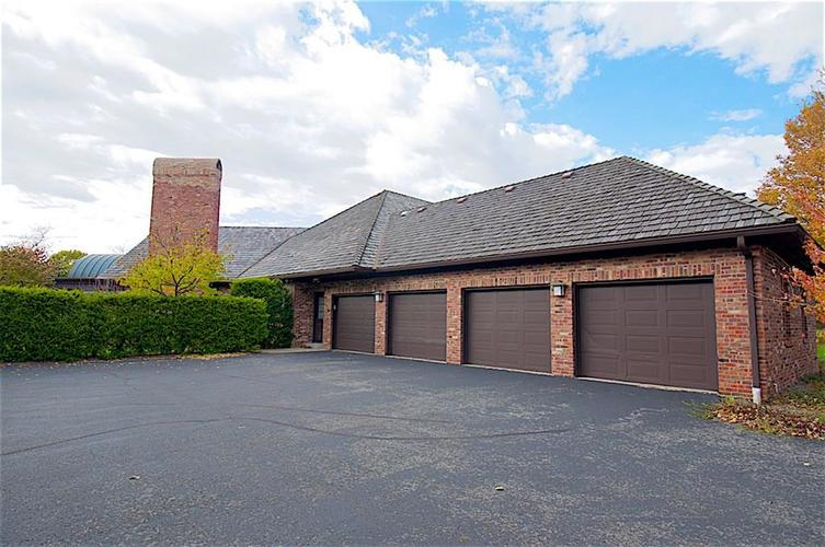 10591 Coppergate Carmel, IN 46032 | MLS 21679132 | photo 4