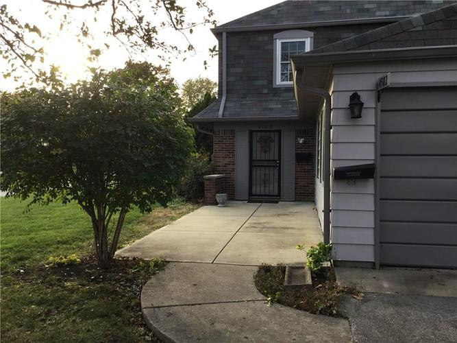 4502  London Court Indianapolis, IN 46254 | MLS 21679201