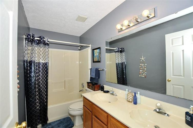 19023 Wimbley Way Noblesville, IN 46060 | MLS 21679212 | photo 18