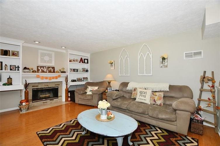 19023 Wimbley Way Noblesville, IN 46060 | MLS 21679212 | photo 2