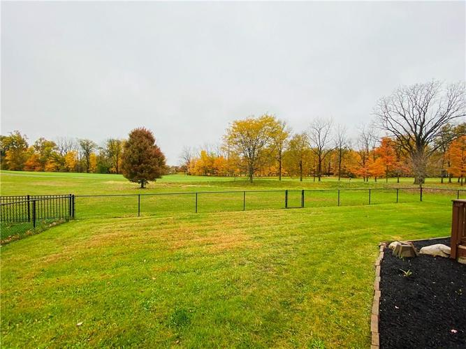 18883 Course View Road Noblesville, IN 46060 | MLS 21679228 | photo 3