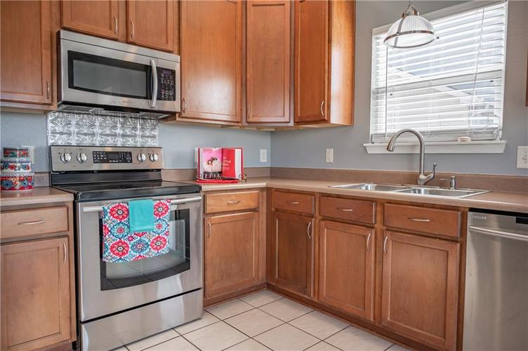 5324 Brassie Drive Indianapolis, IN 46235   MLS 21679229   photo 10