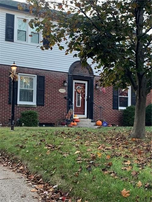 808 N Ritter Avenue Indianapolis IN 46219 | MLS 21679237 | photo 1