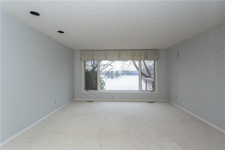 3242 BAY ROAD S Drive Indianapolis, IN 46240 | MLS 21679311 | photo 17