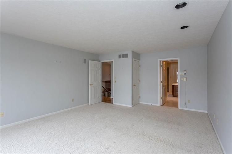 3242 BAY ROAD S Drive Indianapolis, IN 46240 | MLS 21679311 | photo 18