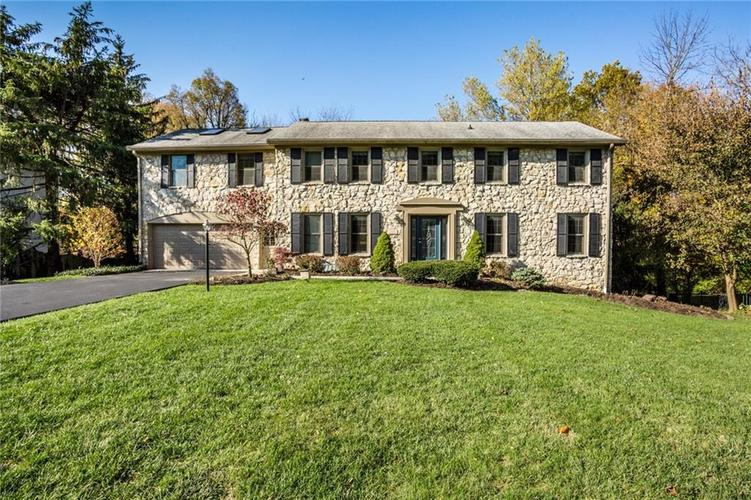 7524 Brookview Circle Indianapolis, IN 46250   MLS 21679325   photo 1