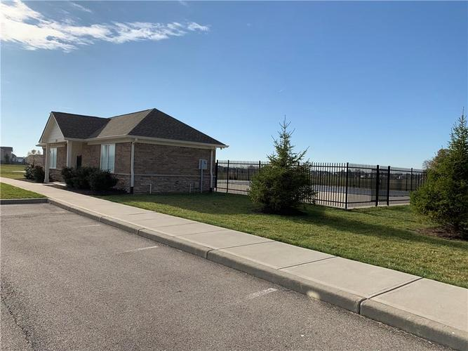 8474 Templederry Drive Brownsburg, IN 46112 | MLS 21679326 | photo 37