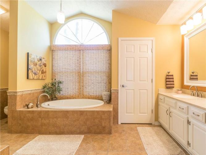 6044 First Lady Boulevard Indianapolis, IN 46237 | MLS 21679363 | photo 18