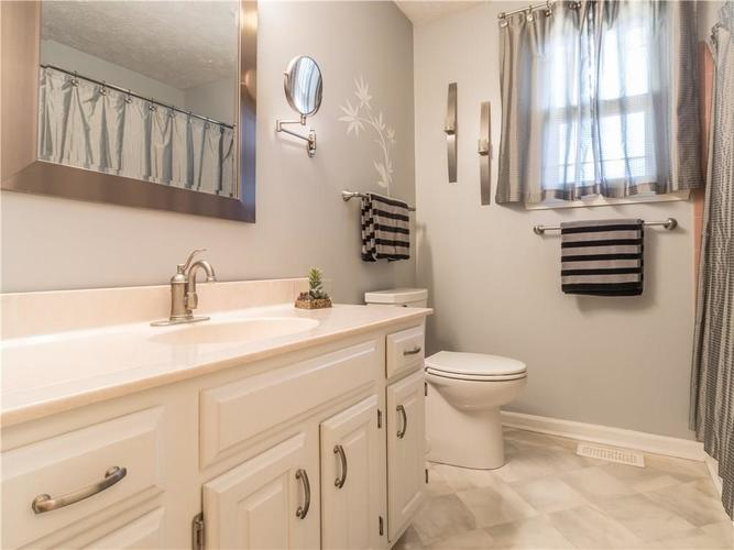6044 First Lady Boulevard Indianapolis, IN 46237 | MLS 21679363 | photo 22