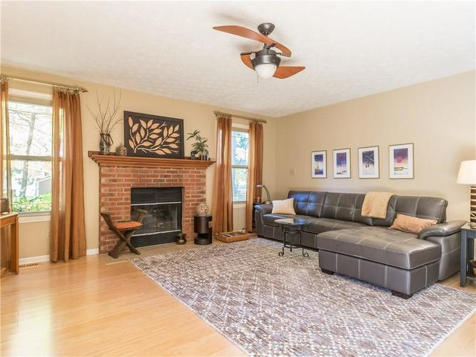 6044 First Lady Boulevard Indianapolis, IN 46237 | MLS 21679363 | photo 5