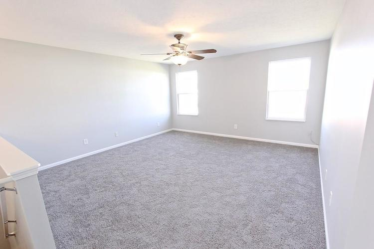 10918 GREEN MEADOW Place Indianapolis, IN 46229   MLS 21679375   photo 15