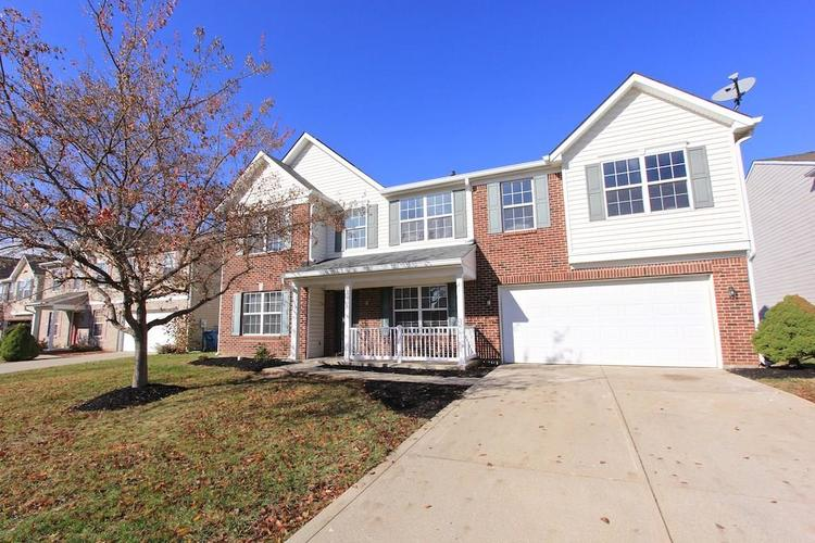 10918 GREEN MEADOW Place Indianapolis, IN 46229   MLS 21679375   photo 2