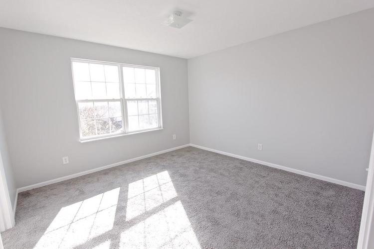 10918 GREEN MEADOW Place Indianapolis, IN 46229   MLS 21679375   photo 22