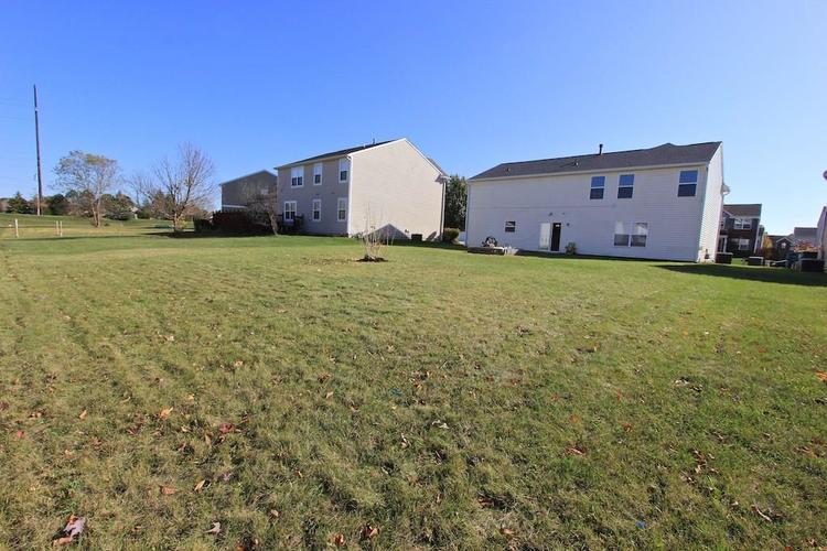 10918 GREEN MEADOW Place Indianapolis, IN 46229   MLS 21679375   photo 30