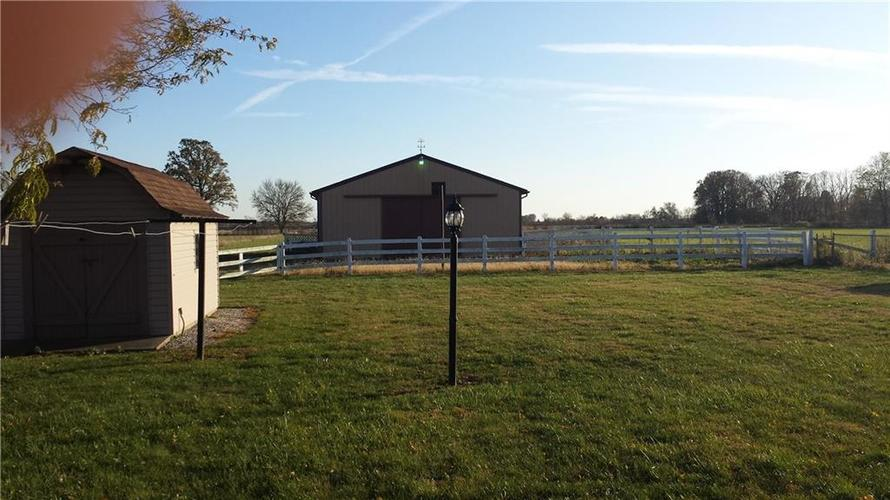 4153 W State Road 28 Alexandria, IN 46001   MLS 21679394   photo 33