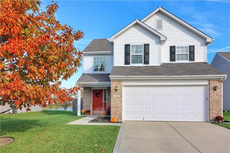 512  Southern Pines Drive Whiteland, IN 46184 | MLS 21679432