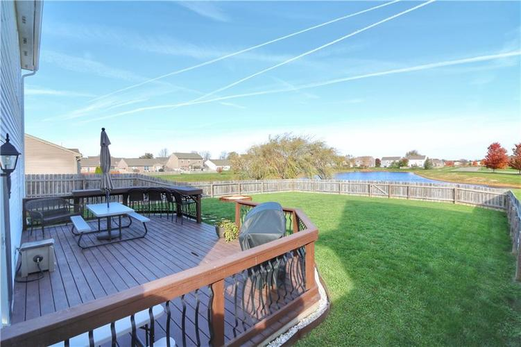 512 Southern Pines Drive Whiteland, IN 46184 | MLS 21679432 | photo 24