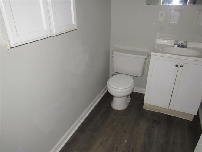 9404 E 36TH Place Indianapolis, IN 46235 | MLS 21679438 | photo 18